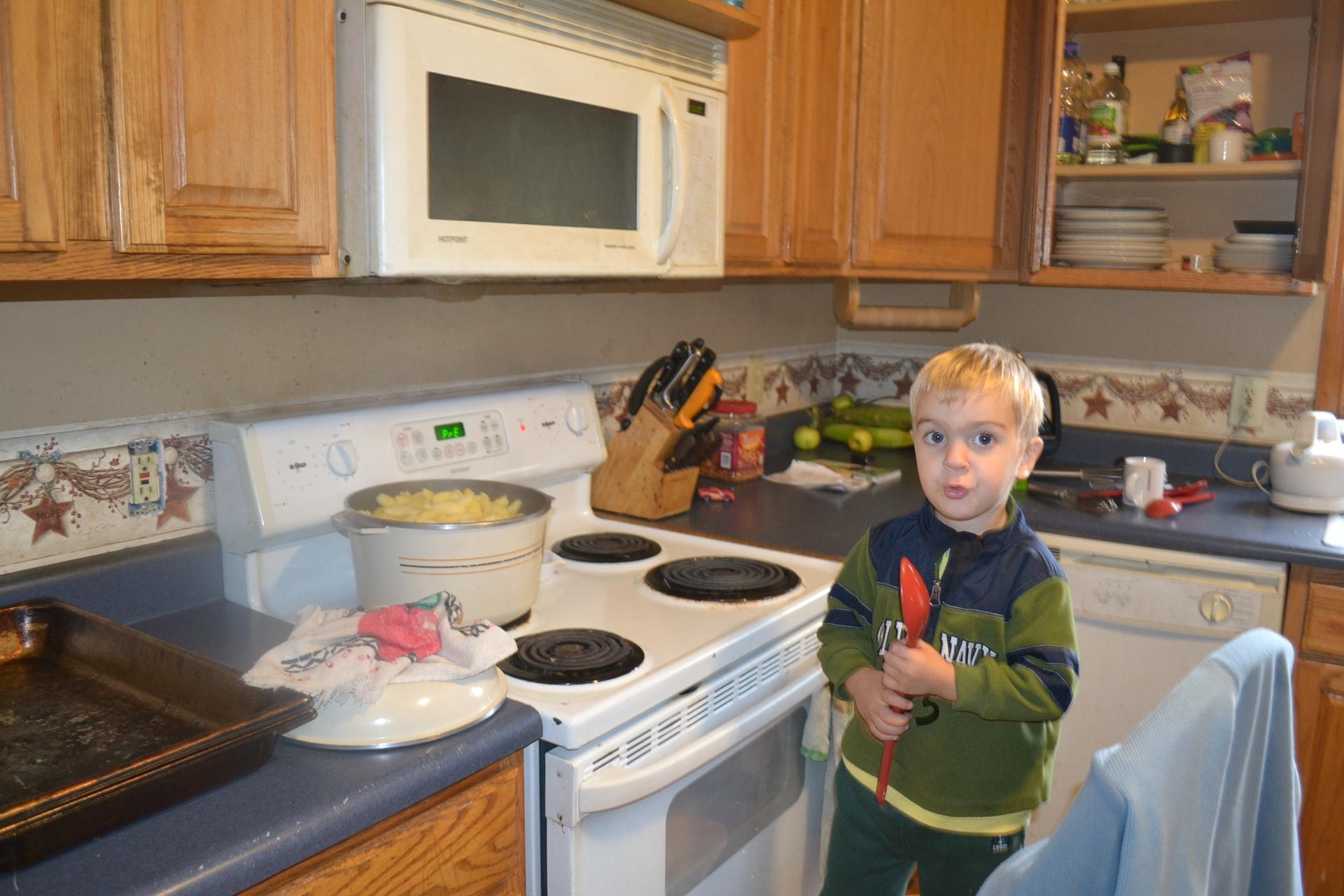 Micah Cookin Em Down!